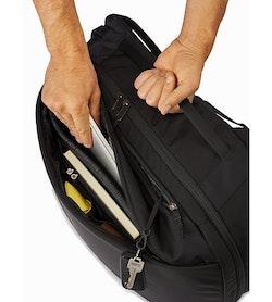 Blade 28 Backpack Black Organizer Pocket