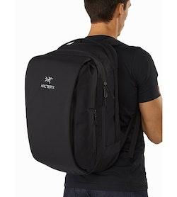 Blade 28 Backpack Black Side Access Zipper