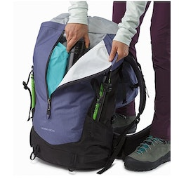 Bora AR 61 Backpack Women's Winter Iris Kangaroo Pocket
