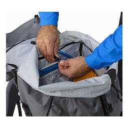 Bora AR 63 Backpack Titanium Hydration Pocket