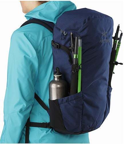 Brize 25 Backpack Nocturne SwiftClip
