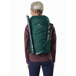 Brize 25 Backpack Paradigm Front View