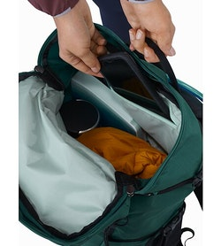 Brize 25 Backpack Paradigm Main Compartment