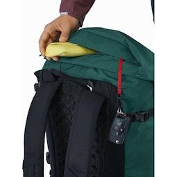 Brize 25 Backpack Paradigm Top Lid Pocket