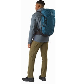 Brize 32 Backpack Iliad Back View