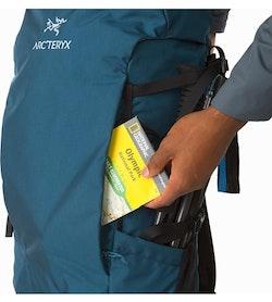 Brize 32 Backpack Iliad Front Pocket