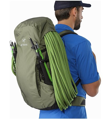 Brize 32 Backpack Joshua Tree Rope Under Lid