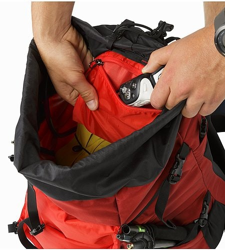 Brize 32 Backpack Red Beach Internal Pocket