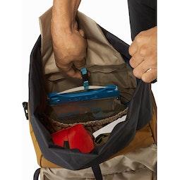 Brize 32 Backpack Yukon Hydration Clip