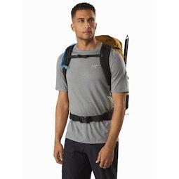 Brize 32 Backpack Yukon Sternum Strap