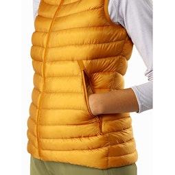 Cerium LT Vest Women's Quantum Hand Pocket