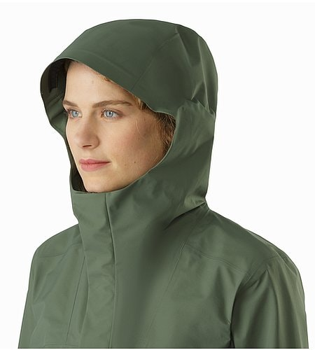 Codetta Coat Women's Shorepine Hood Front View