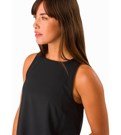 Contenta Shift Dress Women's Black Neckline