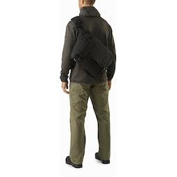 Courier Bag 15 Black 3 4 Left