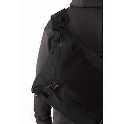 Courier Bag 15 Black Back Detail