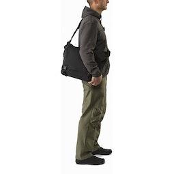 Courier Bag 15 Black Profile