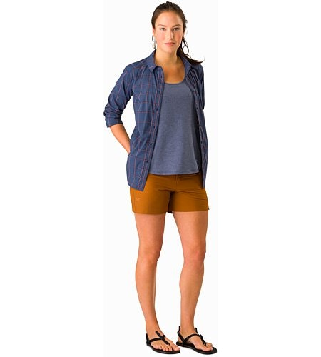 Creston Short 4.5 Women's Theanine Outfit