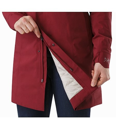 Durant Coat Women's Scarlet Two Way Zipper