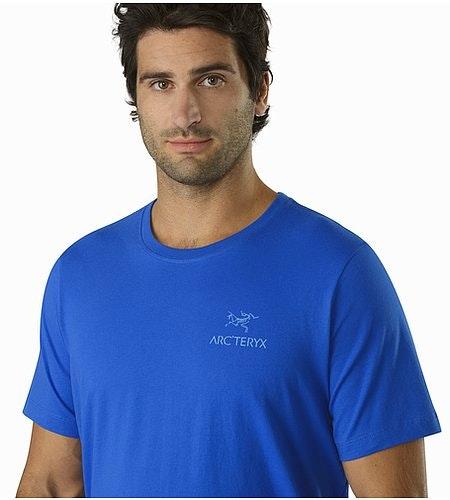 T-shirt Emblem Adrift Graphisme Gros-plan