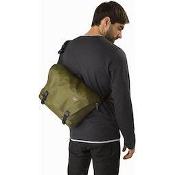 Granville 10 Courier Bag Bushwhack Back Fit