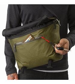 Granville 10 Courier Bag Bushwhack Front Pocket
