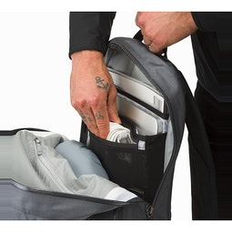 Granville 16 Zip Backpack Pilot Main Compartment