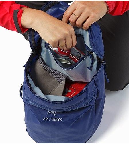 Index 15 Backpack Mystic Internal Pocket