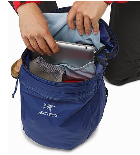 Index 15 Backpack Mystic Laptop Compartment