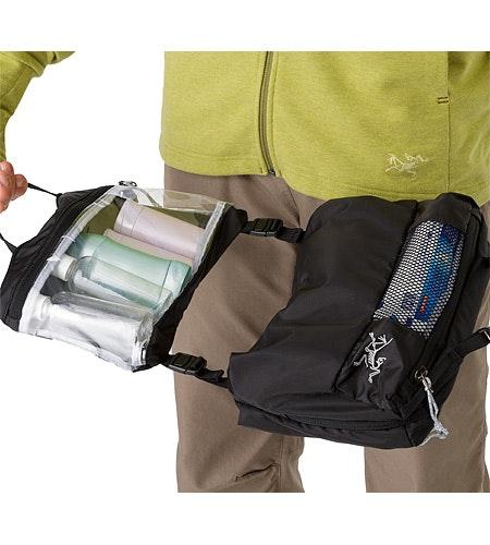 Index Large Toiletries Bag Black 2326