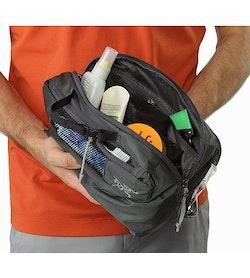 e91d6f04092 Index Large Toiletries Bag Pilot Open View