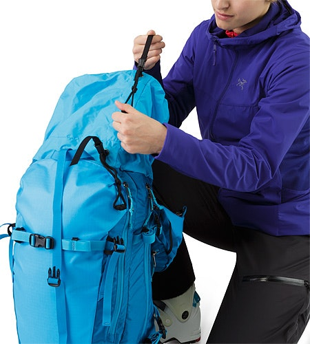 Khamski 31 Backpack Ionian Blue Extendable Top Lid Adjuster