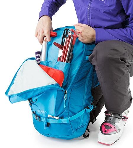 Khamski 31 Backpack Ionian Blue Vordertasche