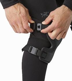 Knee Caps Black Adjuster