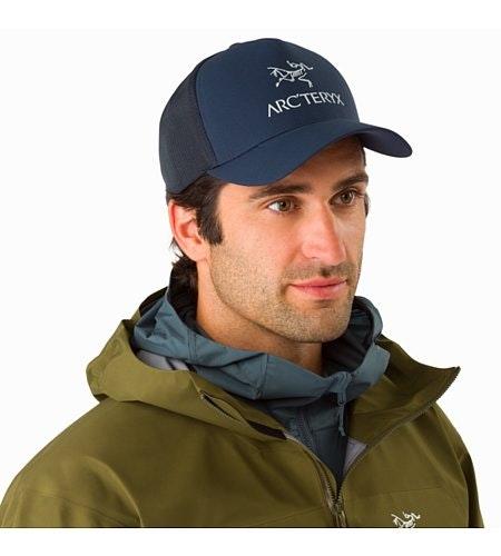 Logo Trucker Hat Dark Navy Vorderansicht