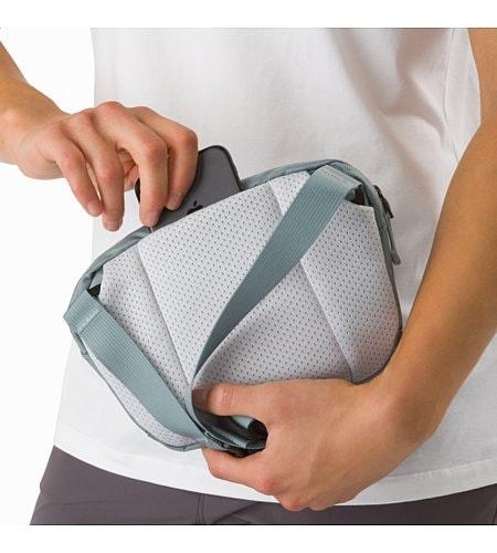 Maka 1 Waistpack Robotica Back Slip Pocket