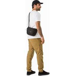 Maka 2 Waistpack Black Back View