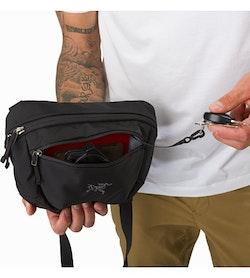Maka 2 Waistpack Black Front Pocket