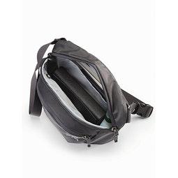 Mantis 2 Waistpack Pilot Main Compartment