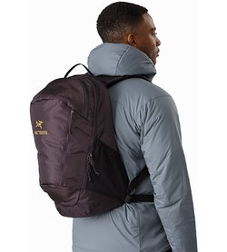 Mantis 26 Backpack Dimma Side View