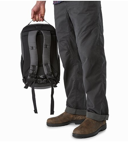 Mantis 26 Backpack Pilot Back Panel
