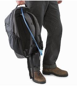 Mantis 26 Backpack Pilot Hydration Port