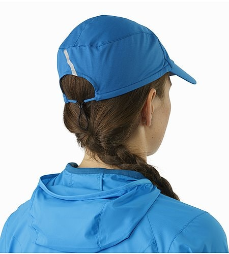 Motus Hat Macaw Back View
