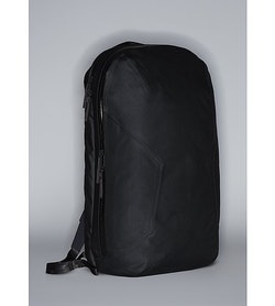 Nomin Pack Black 3 4 View