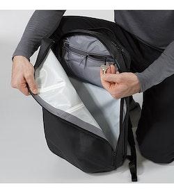 Nomin Pack Black Front Pocket 2