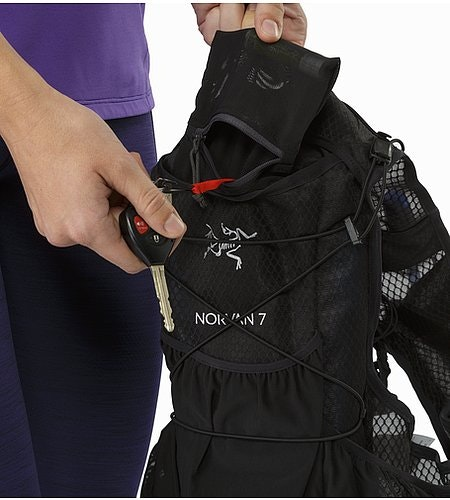Norvan 7 Hydration Vest Black Security Pocket