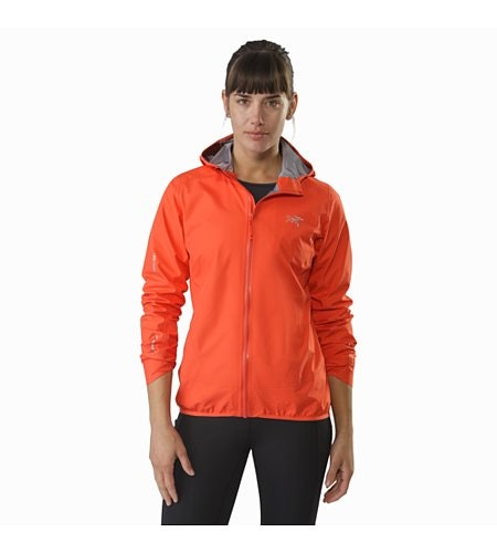 Norvan Jacket Women's Aurora Pushed Up Sleeves