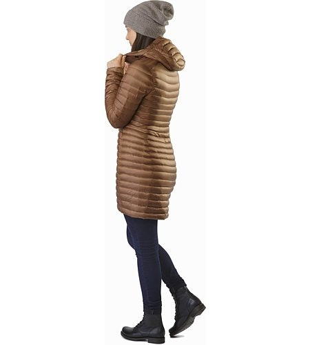 Nuri Coat Women's Topi Back View