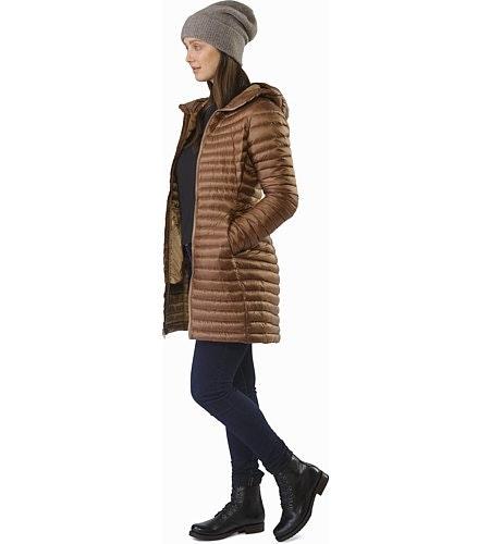 Nuri Coat Women's Topi Front View
