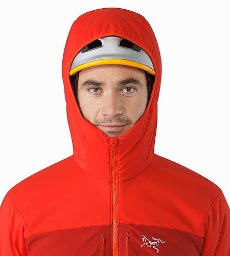 Proton AR Veste à capuche Cardinal Capuche compatible avec un casque Vue de face