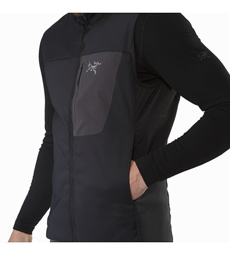 Proton LT Vest Black Hand Pocket